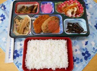 配食サービスの夕食